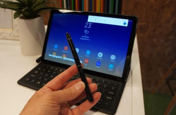 The new Samsung Galaxy Tab S4 puts Android to work – Lance Ulanoff – Medium