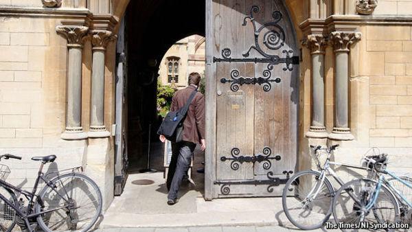 So will die Oxford University durchlässiger für Minderheiten und Arbeiterkinder werden