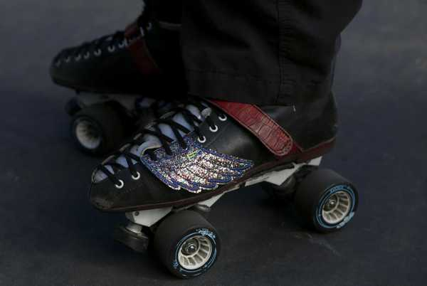 Roller skating keeps its groove in a changing Bay Area - SFGate