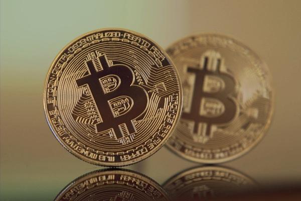 Czy Bitcoin jest bardziej stabilny od tureckiej waluty narodowej?   BitHub.pl