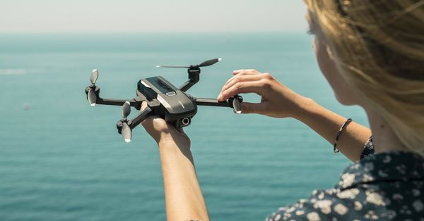 Yuneec's latest drone comes with 4K shooting, voice controls, and face detection - The Verge