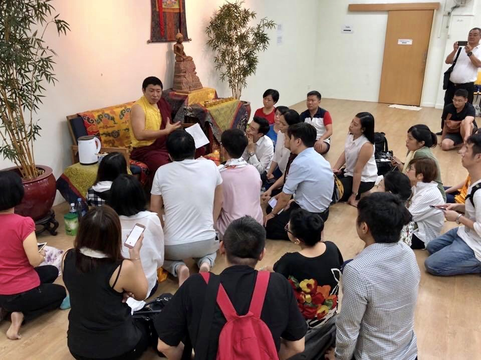 Rinpoche Teaching in Singapore
