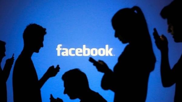 Facebook darf nicht eigenhändig Beiträge löschen