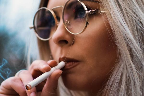 Lobby du tabac : quand les influenceurs Instagram sont sous influence