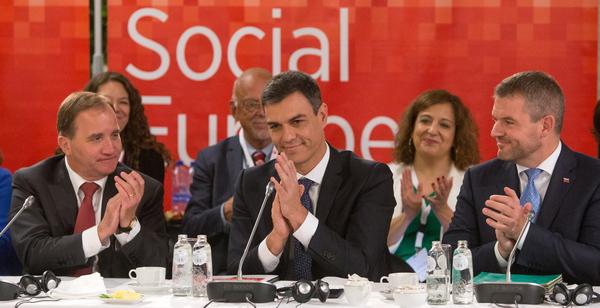 De Zweedse premier Lofven, de Spaanse premier Sanchez en de Slowaakse premier Pellegrini