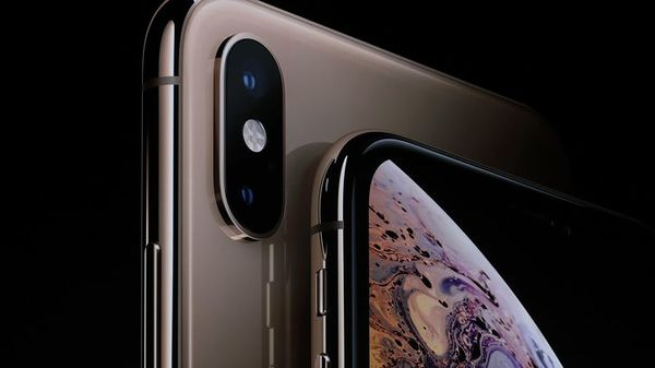 Apple iPhone XS, XS Max preorders kick off, some models sell out - CNET
