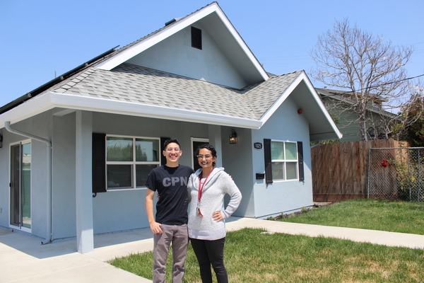 Teachers getting help to buy homes in California's hot housing market | EdSource
