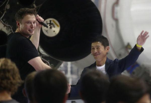 SpaceX stuurt Japanse miljardair naar de maan (en Musk gaat mee?)