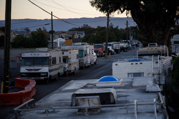 Northern California cities take first steps to deal with RV dwellers — and parking – Chico Enterprise-Record