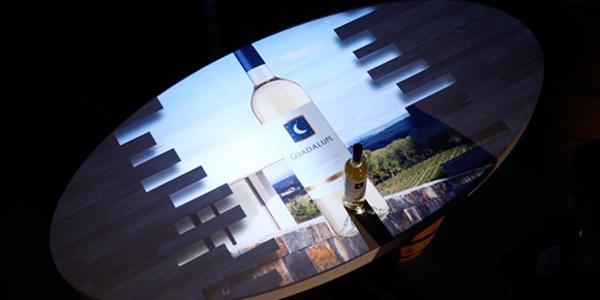 Wijnproeverij met interactieve tafel - EventGoodies