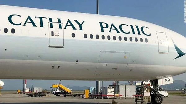Cathay Pacific plane has spelling mistake | CNN Travel