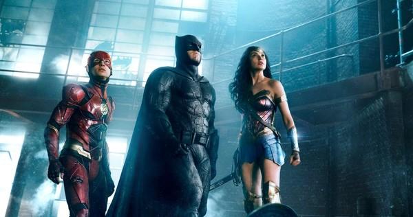 How to Save the DC Superhero Movie Universe