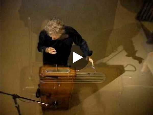 THEREMIN - Over The Rainbow - YouTube