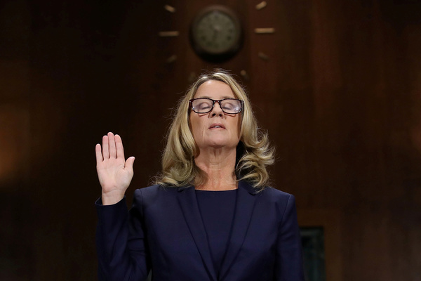 Christine Blasey Ford tijdens de hoorzitting (foto: Reuters)