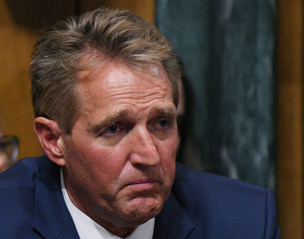 De Republikeinse senator Jeff Flake (foto: Reuters)