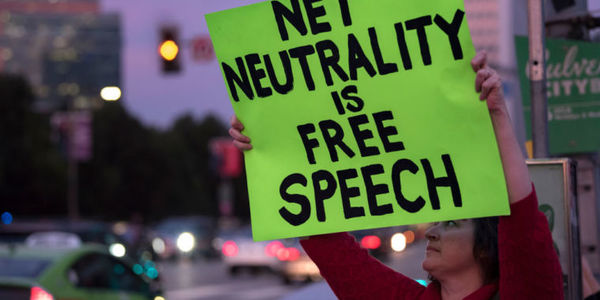 Calif. enacts net neutrality law—US gov't immediately sues to block it [Updated] | Ars Technica