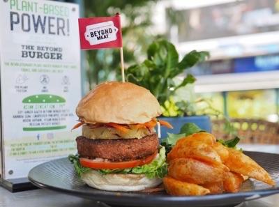 Asian Sensation Beyond Burger at Privé Singapore
