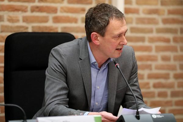 Berend Buddingh' gaat, Peter de Vries nieuwe voorzitter ASV Arkel