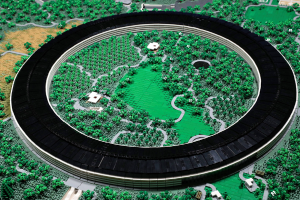 Someone recreated Apple's new campus with 85,000 LEGO bricks and it's excellent