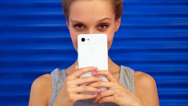 Google trolls Pixel 3 rumors again with 'Super Selfie Mode' reference – BGR