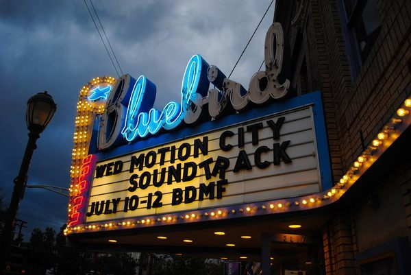 35 of America's Most Charming Historic Theater Marquees | Atlas Obscura