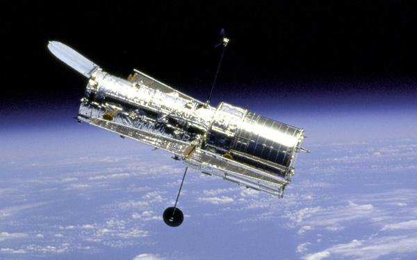 Teleskop Hubble'a ma awarię. Oby wytrwał do 2021 roku – Crazy Nauka