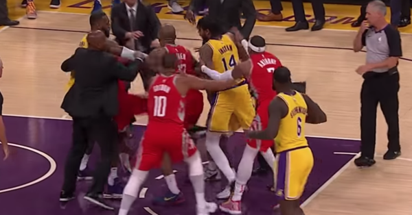 LeBron James' First Lakers Home Game Turns Into A Brawl | HuffPost