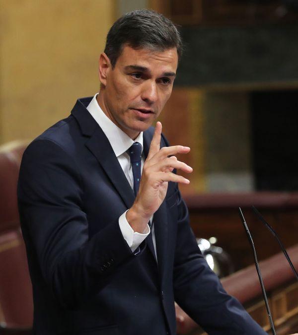 De Spaanse premier Sanchez in het parlement