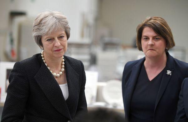 Theresa May en Arlene Foster