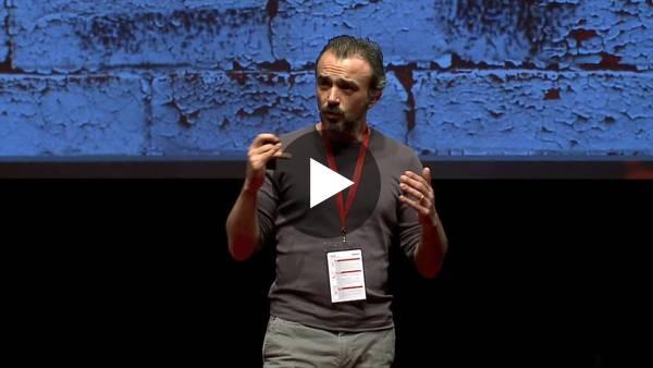 UX: Yılların Diyalog Köyü'ne Yeni Muhtar | UX: New Kid in Town | 2016 | Yakup Bayrak | TEDxReset - YouTube