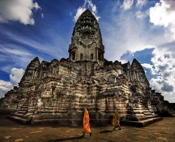 Mag niet ontbreken: het enorme tempelcomplex Angkor Wat.