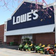 Lowe's closing Stores