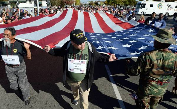 Fresno veterans parade is largest in the nation — and it's changing dates this year | The Fresno Bee