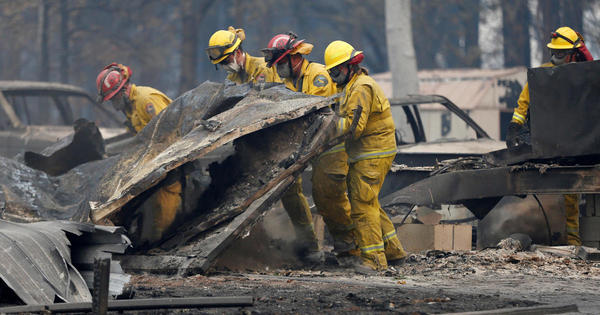Wildfires in California: Latest updates, death toll, evacuation orders, map of Camp Fire, Woolsey Fire, Hill Fire and Rocky Peak Fire as areas of Simi Valley, Malibu, Paradise burn - live updates - CBS News