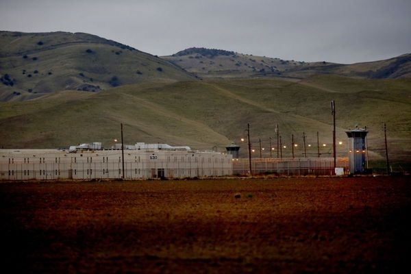 11 Inmates Hospitalized as Hundreds Riot Across 2 State Prisons in Central Valley | KTLA