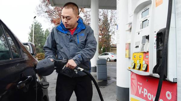 Here's how much you'll be paying at the pump this Thanksgiving | The Fresno Bee