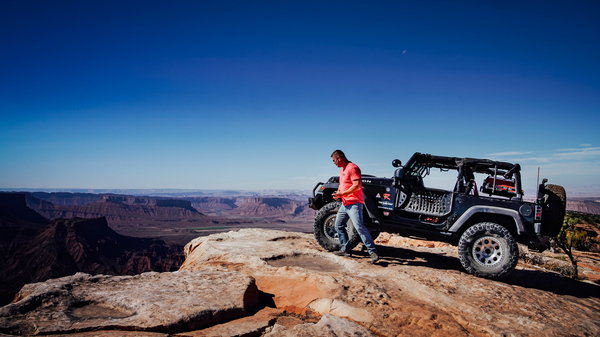"""© Kris Vockler 