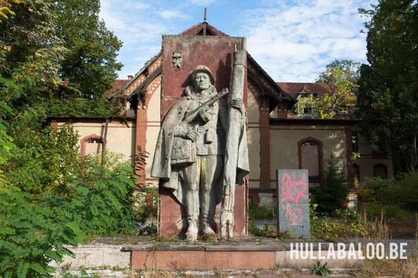 In 1945 vervelde het sanatorium tot een militair hospitaal van de Russen.