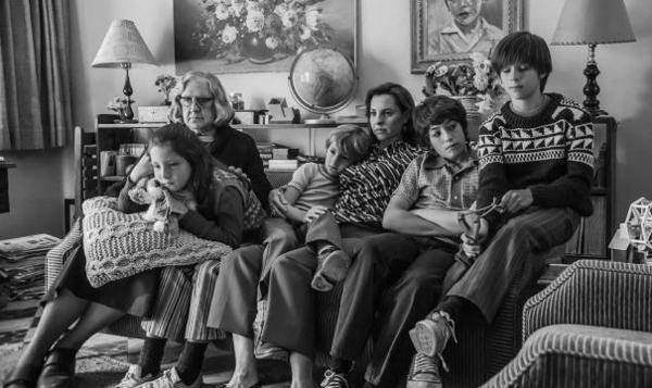 'Roma': Alfonso Cuarón Laments Film's Low Screen Count In Mexico As Netflix & Major Exhibitor Cinépolis Face Off | Deadline