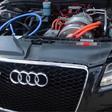 Say what? Deze Audi S5 is van binnen stiekem een Tesla Model S