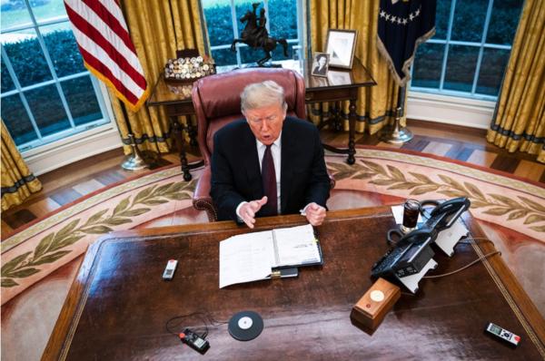 Trump wordt geïnterviewd door journalisten van de Washington Post