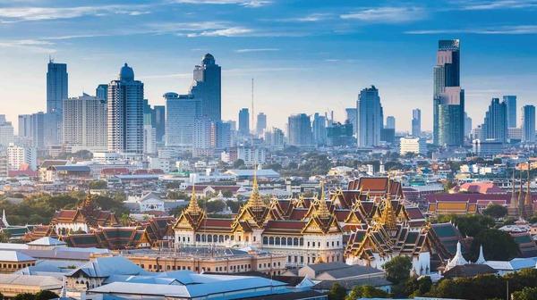 Bangkok, we komen eraan!