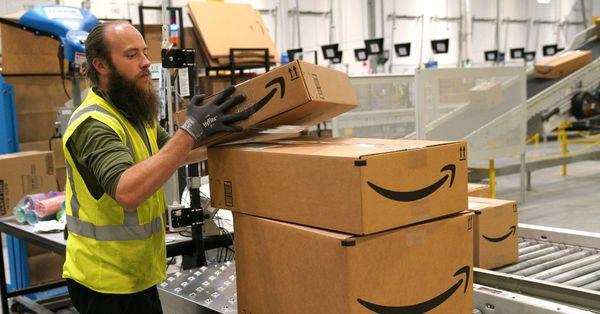 Wie Amazon-Mitarbeiter den Black Friday erlebt haben