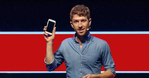 Tristan Harris: How better tech could protect us from distraction | TED Talk