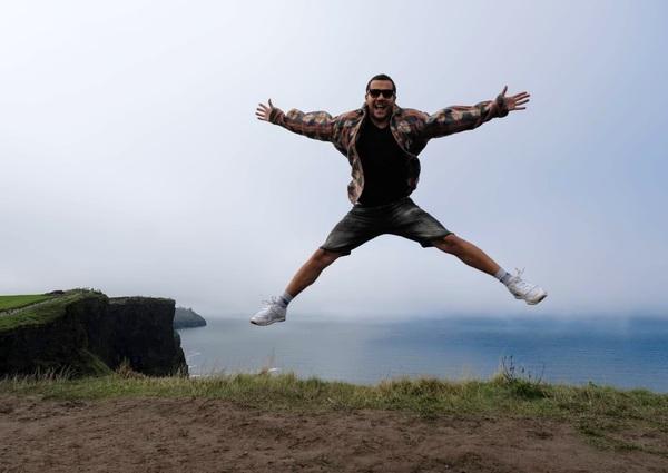 Google Photos'da mutluluk diye aratınca çıkan fotoğraflarımdan biri, kardeşim Onur