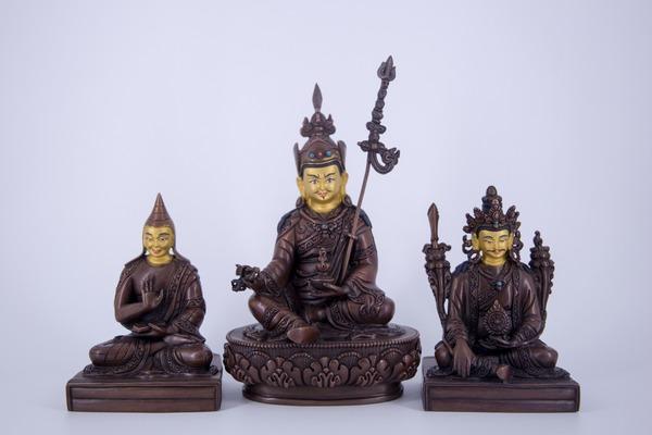 Khen Lob Chos Sum