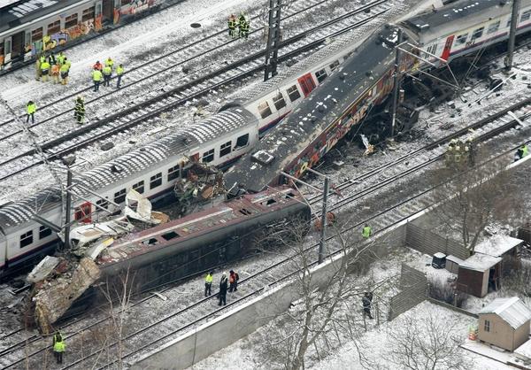 Mysterie van Netflix-film opgelost: beelden van treinramp Buizingen wel correct aangekocht | Het Nieuwsblad