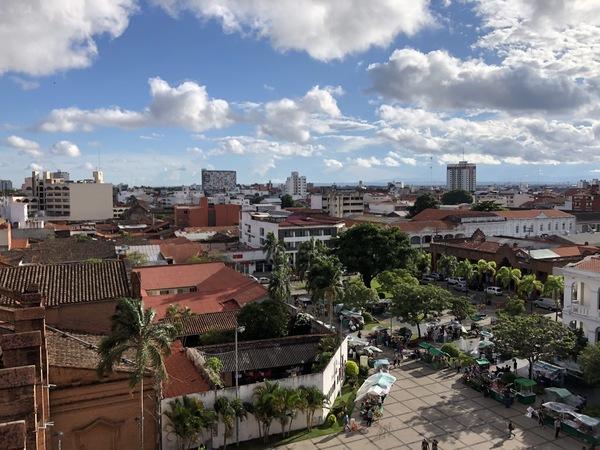 Centrum van Santa Cruz, gezien vanuit de toren van de San Lorenzo-kerk