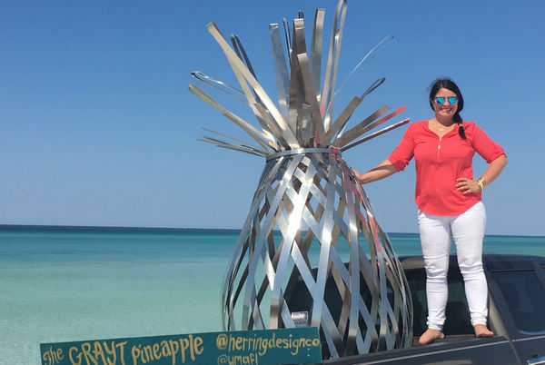 The Grayt Pineapple Welcomes Divers to the Underwater Museum