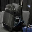 Deze handige tas komt met een draadloze oplader - WANT